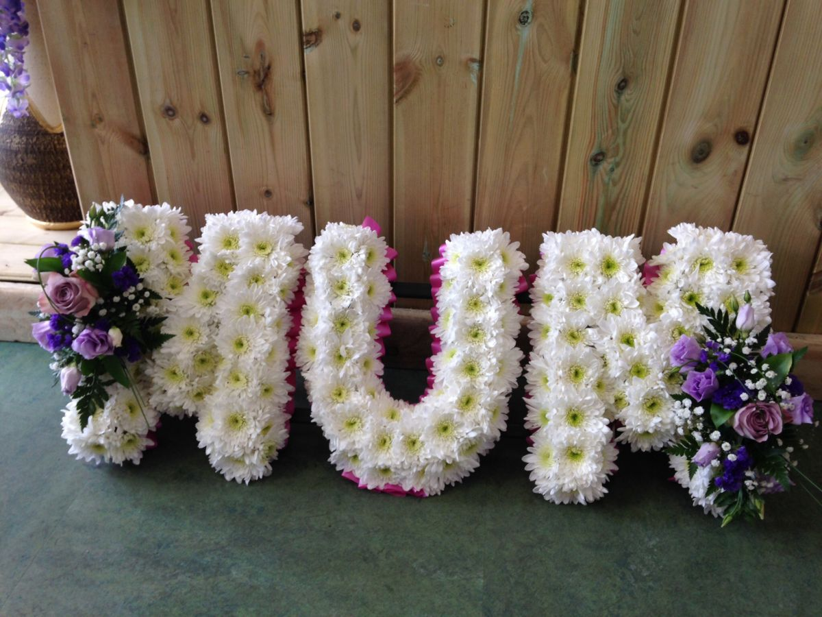 Funeral flowers by saltford flowers bristol order online or call izmirmasajfo